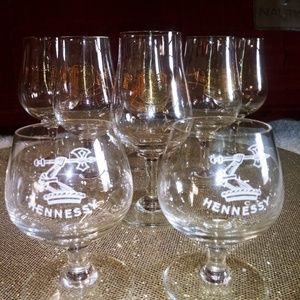 🔥 Two(2) HENNESSY🔥 shot glasses 🥂🍹SET of 2🍹🥂